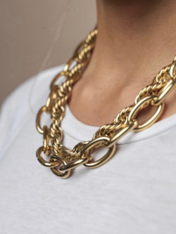 Link oval necklace gold