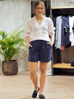 Linen shorts china blue