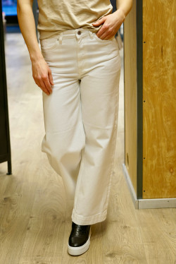 HW cropped wide jeans eggshell