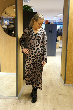 laguna dress leopard