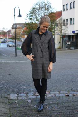 Marny waistcoat grey check