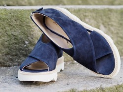 Laura Bellariva 1528 blue