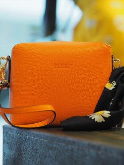 Grainys s convertible clutch orange