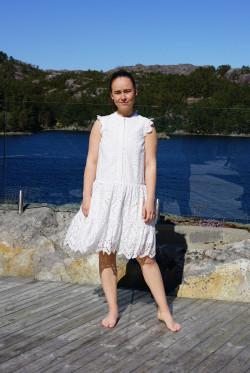 Novi dress new white
